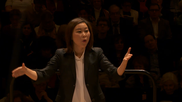 Jennifer conducts Schubert at the TMC German Romantics Concert, November 25, 2015