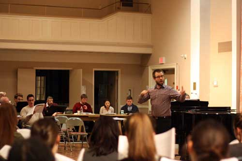 Symposium Conductors Stephen Frketic conducts the full Toronto Mendelssohn Choir in Cameron Hall.